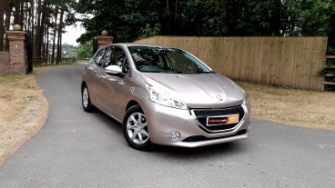 2014 Peugeot 208 1.2 Active for sale by Woodlands Cars Rillington (3)