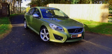 Volvo C30 2.0D R-Design in Lime Grass Green for sale by Woodlands Cars (6)