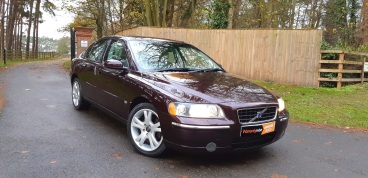 Volvo S60 2.4 D5 SE Auto for sale by Woodlands Cars (4)
