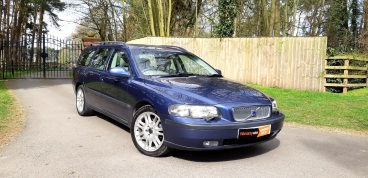 Volvo V70 2.4 D5 Manual for sale by Woodlands Cars (4)